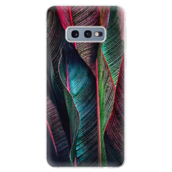 Odolné silikonové pouzdro iSaprio - Black Leaves - Samsung Galaxy S10e
